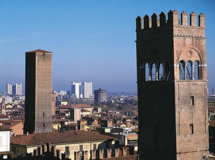 Bologna © Foto Archivio APT Emilia Romagna