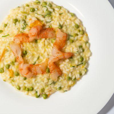 Carnaroli rijst met gele tomaat, garnalen en munt - Carlo Cracco