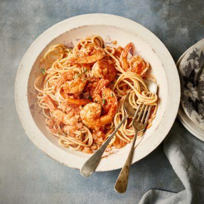 Spaghetti met Provencaalse garnalen - Claudia Roden