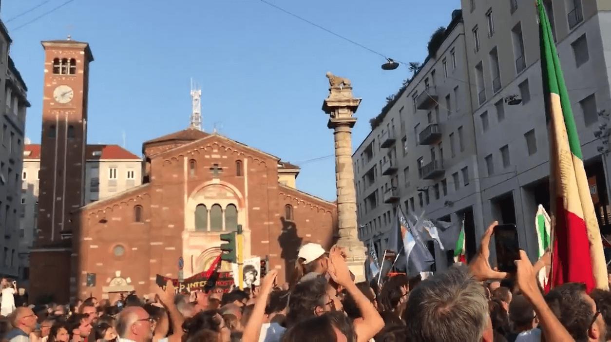 Protest Milaan #europasenzamuri