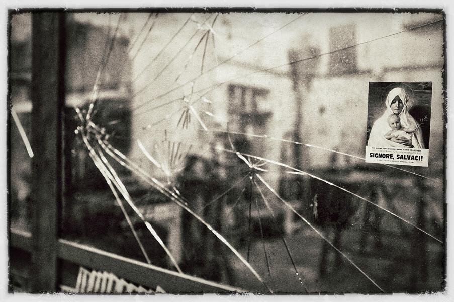 geweld en geloof in napels © vitor barros 540807-unsplash