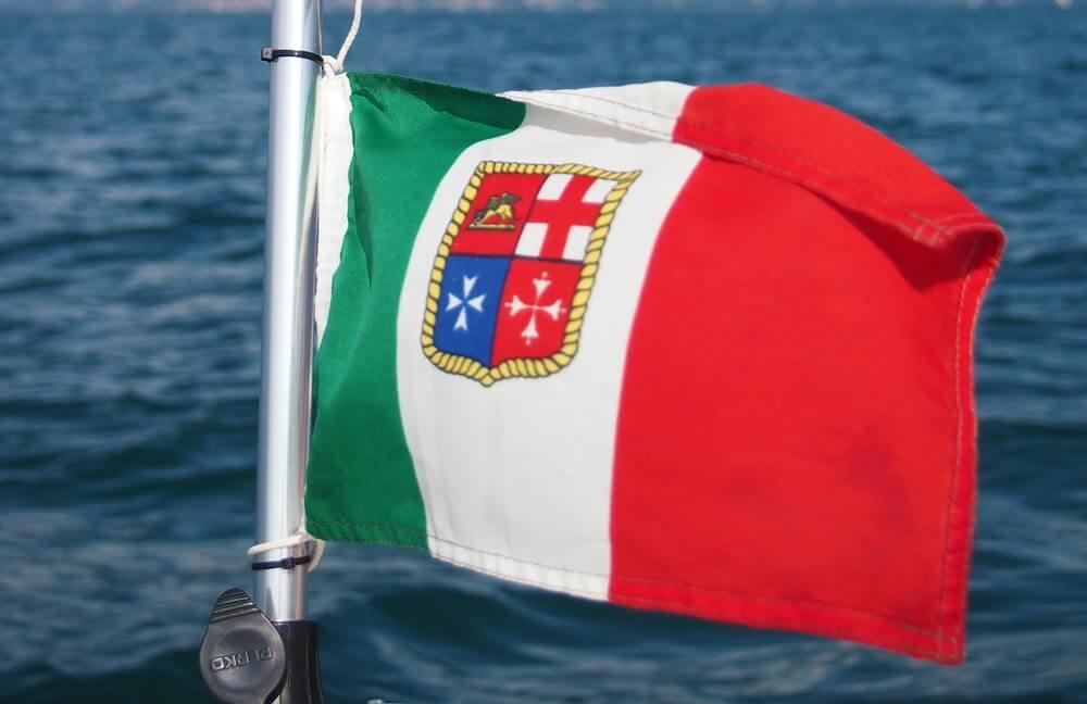 italie scheepvaartvlag © Claudia Zanin