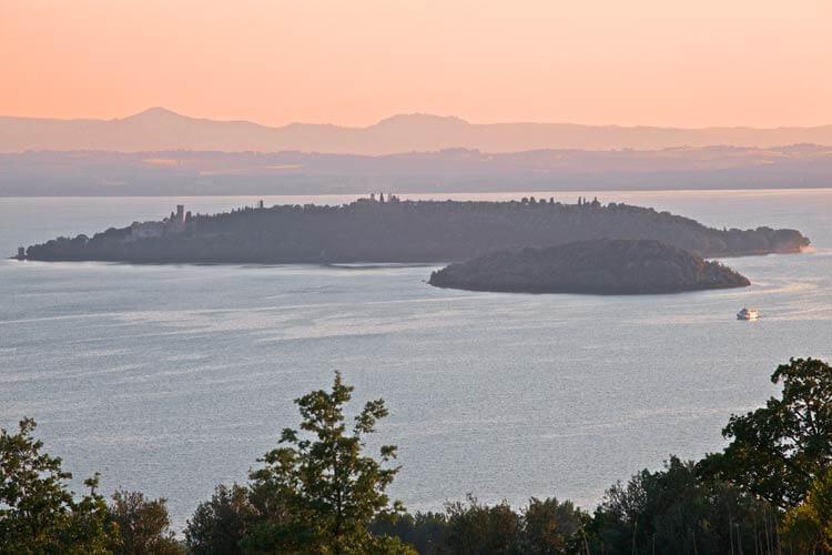 Lago Trasimeno,, Trasimenomeer in Umbria