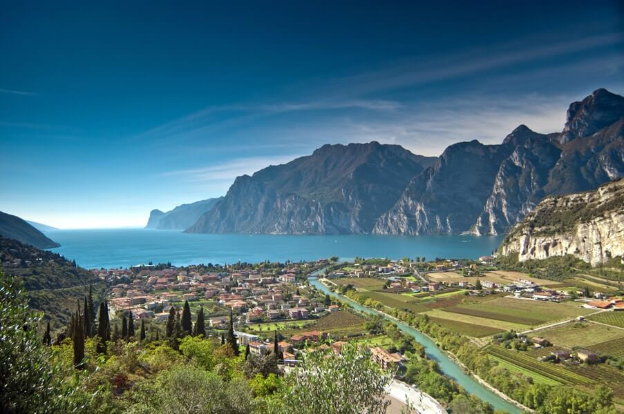 noordkant gardameer panorama © Giampaolo Calzà