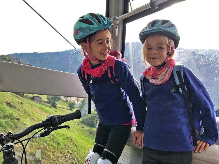 Skirama: Met de fiets in de skilift
