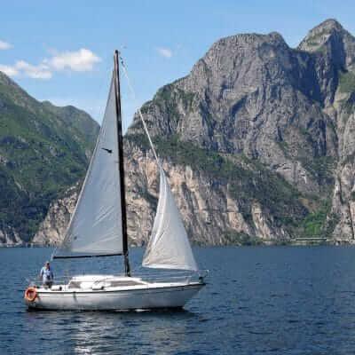 Een boot huren op vakantie in Italie