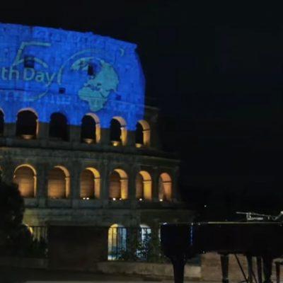 Zucchero geeft optreden voor leeg Colosseum plein